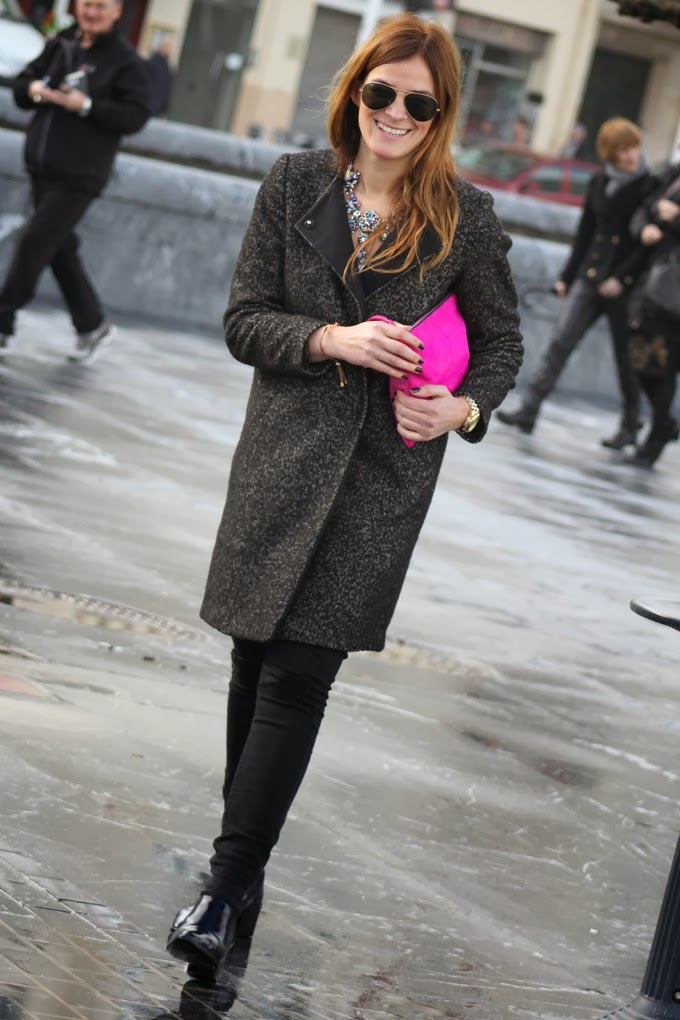 abrigo oversize H&M , botines neopreno zara ,