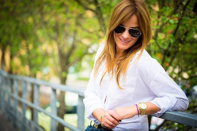 Isabel Marant , Sandalias , street style, estilo , Lucía Díez , Pantalones baggy , camisa blanca
