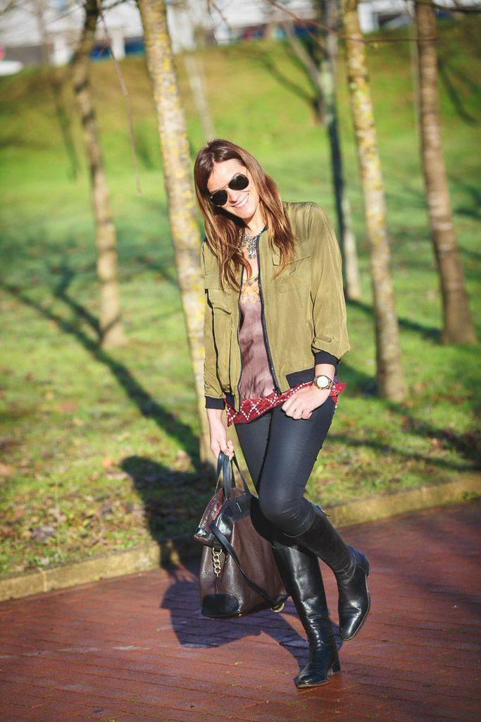 Bomber Verde  Militar , Es cuestion de estilo , Lucía Díez , Zara , Etro , Ray Ban , Gafas, Blog