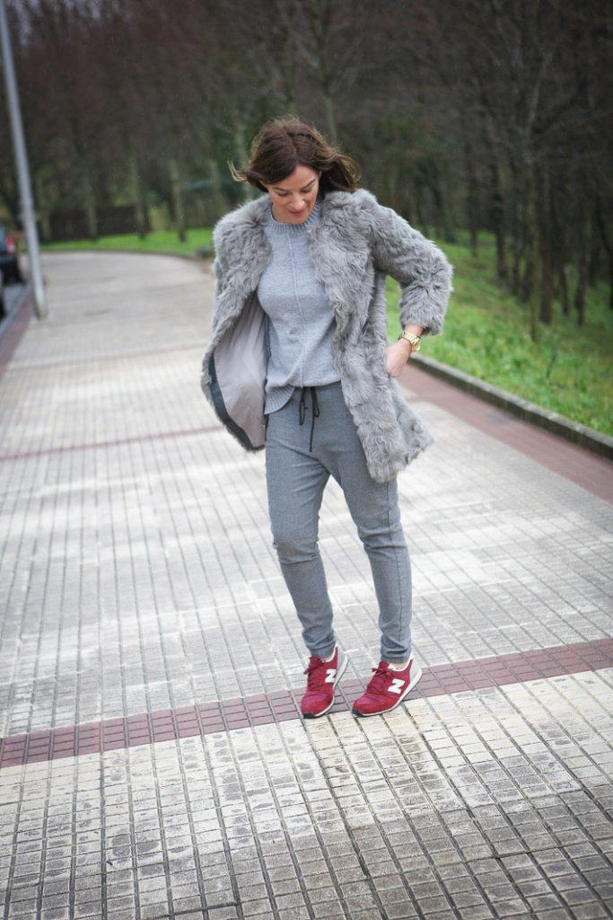 New Balance , Abrigo Pelo , Blog , street style, ,Sheinside, Jersey Gris, Es cuestion de estilo, Lucía Díez
