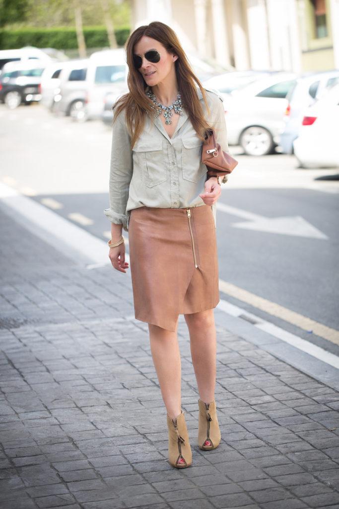 falda Pareo, H&M. Lucia Díez, escuestiondestilo, botines, Daniel wellington, reloj, street style, ray ban,