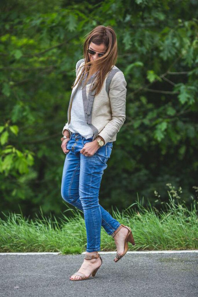 Jacket , Jeans , étnica ,camisa étnica , stylo , street style, Lucía Díez