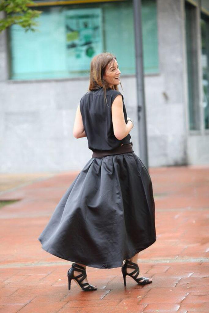 Kinue Boutique ,falda con cola , Es cuestion de estilo, Lucía Díez , Ainhoa Etxeberria, Sandalias