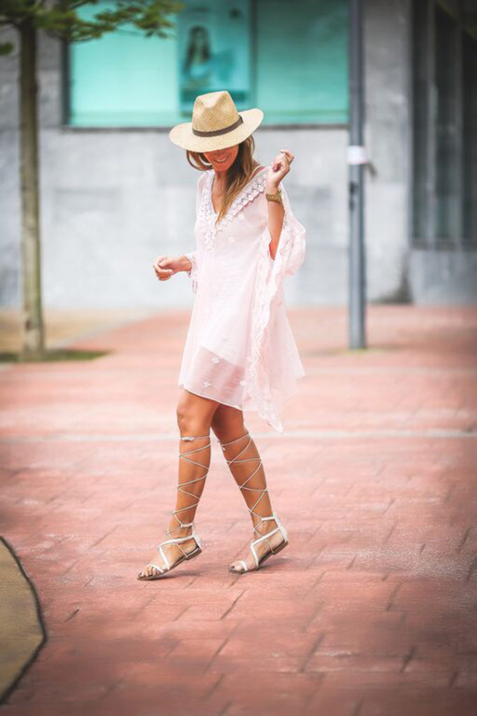 Gladiator, sandalias , Mango , encaje , lencero ,Lucía Díez , es cuestion de estilo