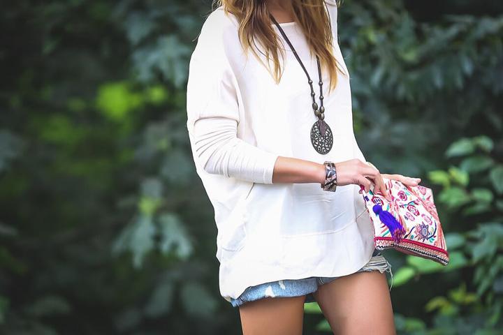 Ash botines ,camis aseda , short vaquero ,es cuestion de estilo , Lucia Díez,
