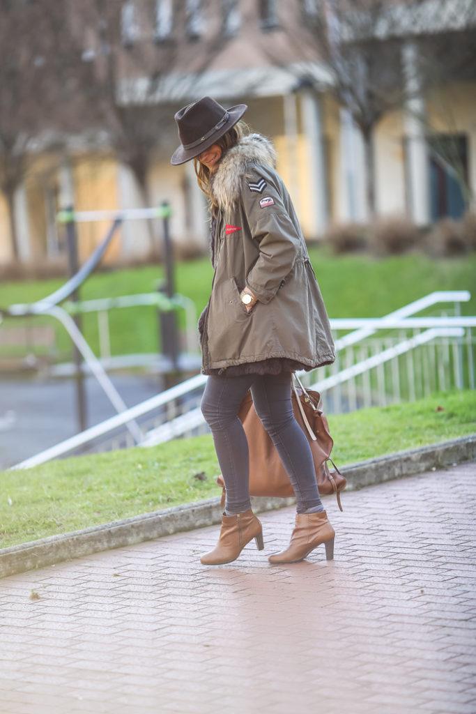 Chaqueta militar, sombrero, Lucía Díez, Es cuestion de estilo, Personal Shopper,