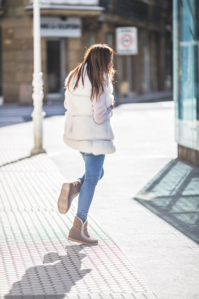 Chaleco Pelo , Es cuestion de estilo, Ivan Perez fotografo, Lucia Díez, , San Sebastián ,estilo , tendencia , moda