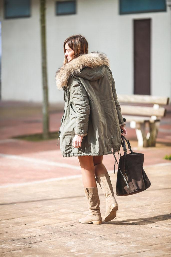 Parka verde militar , botas verano , Vestido etnico ,Lucia Díez, , ´Es cuestion de estilo, Personal Shopper