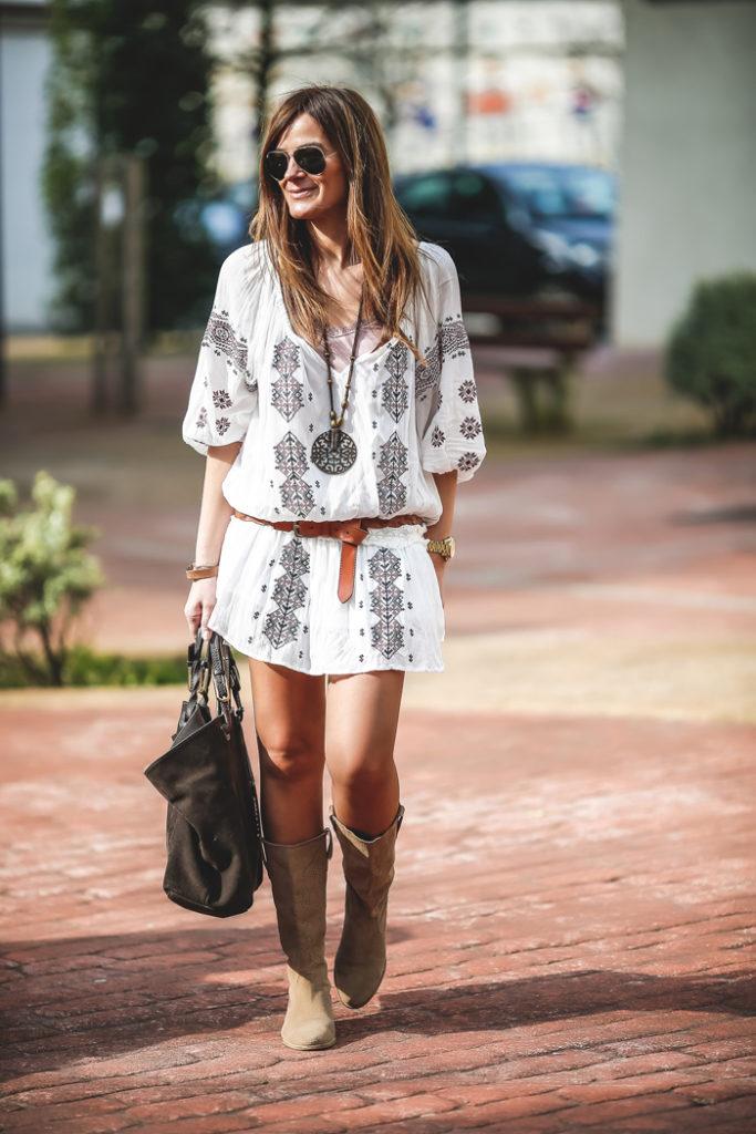 Parka verde militar , botas verano , Lucia Díez, , ´Es cuestion de estilo, Personal Shopper