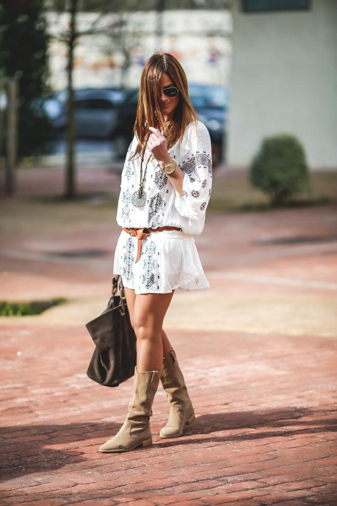 Parka verde militar , botas verano ,Vestido Etnico ,Lucia Díez, , ´Es cuestion de estilo, Personal Shopper