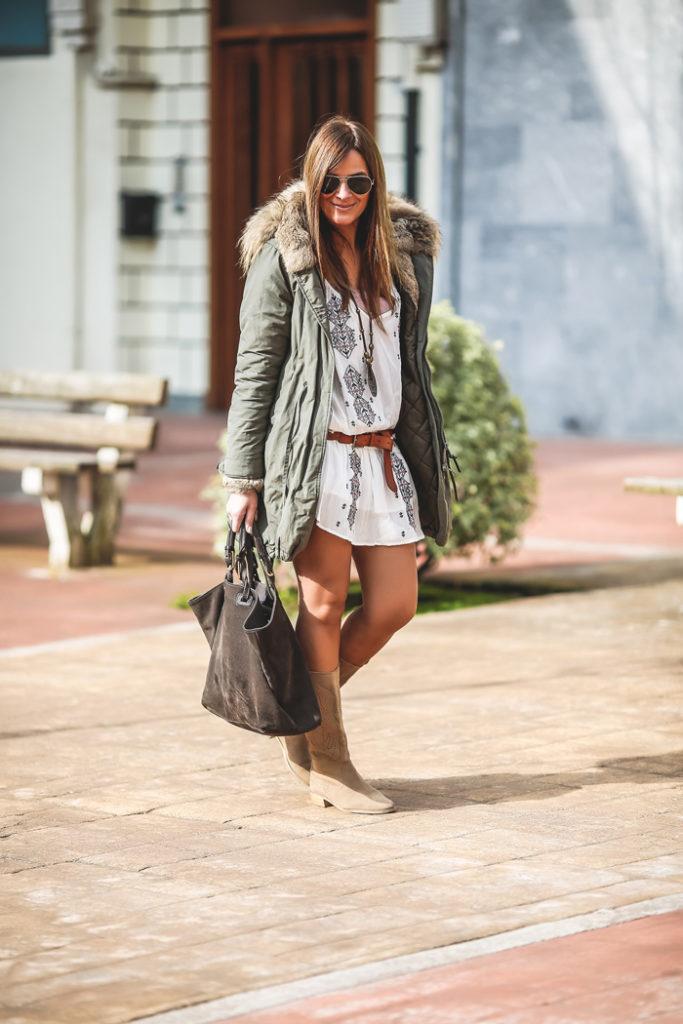 Parka verde militar , Vestido etnico ,botas verano , Lucia Díez, , ´Es cuestion de estilo, Personal Shopper
