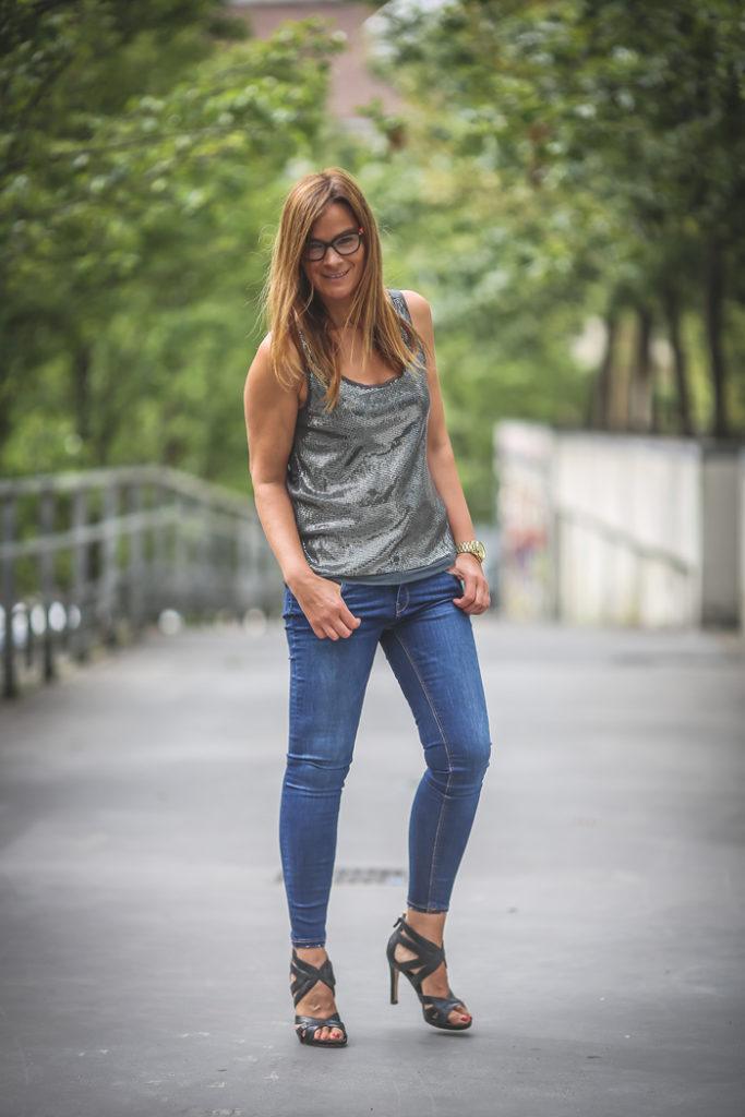 top brillante , street style, Lucía Díez , Es cuestión de estilo, look noche