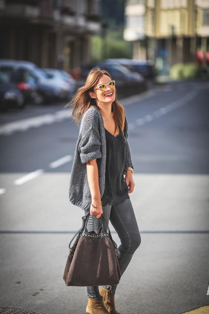 Chaqueta punto , top lencero , es cuestión de estilo , Lucía Díez , Personal Shopper ,Curso .