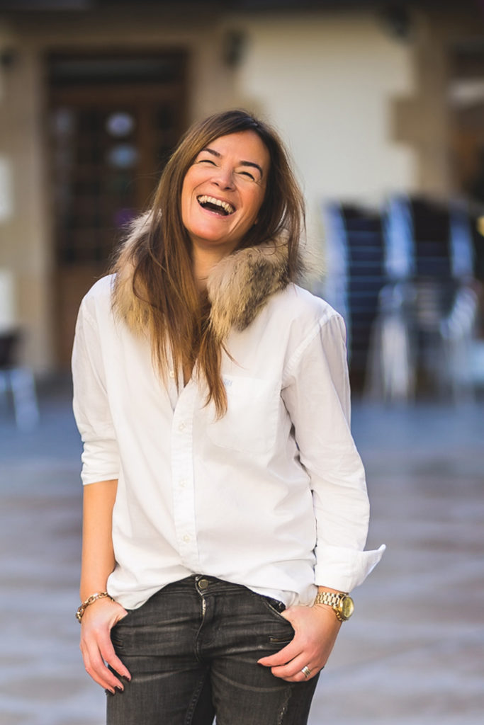 Camisa Blanca , Look , es cuestión de estilo , personal shopper , Lucía Díez .Botines Ash