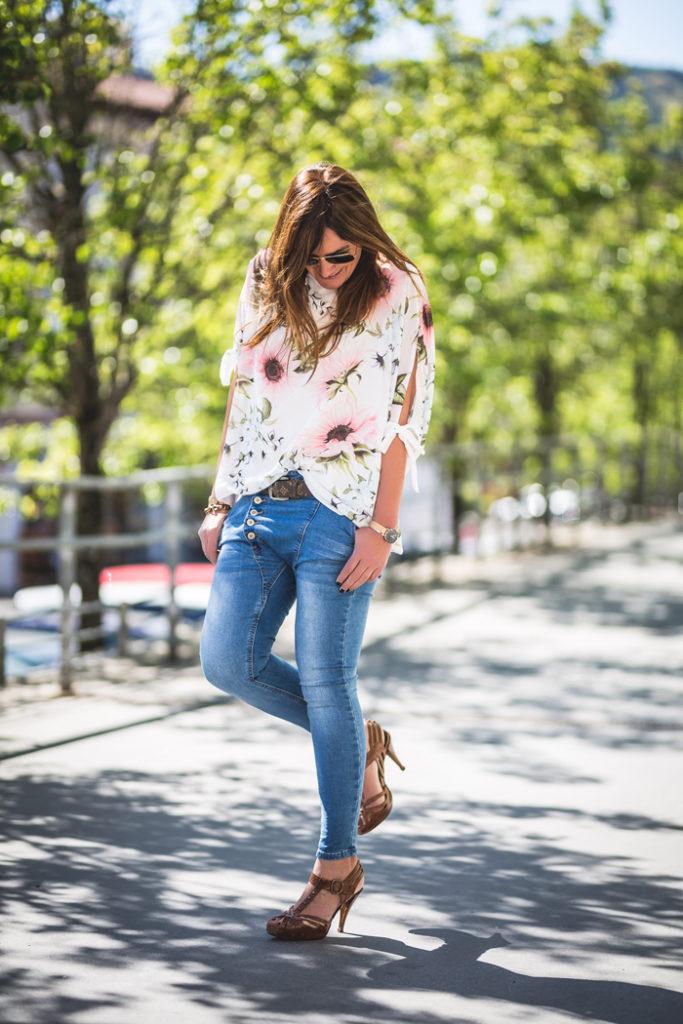 Tendencia , flores , es cuestion de estilo ,shop online , street style , Lucía Díez , Personal Shopper .