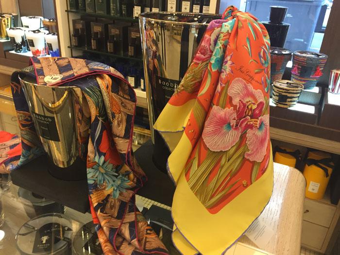 Mantero1902 , Perfumeria Benegas , es cuestión de estilo , Lucía Dïez , San Sebastián .,Pañuelos italianos