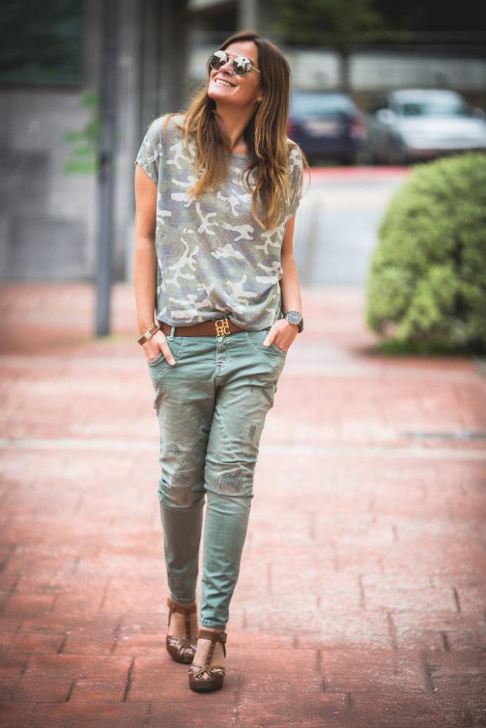 Camiseta Militar ,Pantalón Baggy , Lucía Díez , Personal Shopper . Es cuestión de estilo