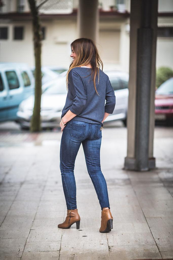 Jersey marino , the amity company , es cuestión de estilo , Lucía Díez , Personal Shopper , Estilo , stylo .