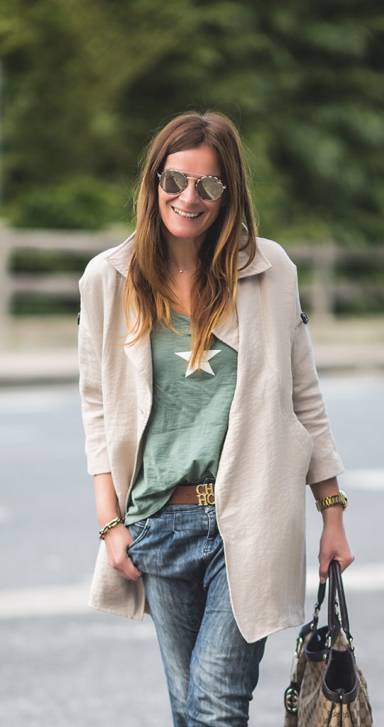 Es cuestion de estilo , Lucía Díez , Personal Shopper , camiseta , camiseta Kaki , The Amity company , Personal Shopper .