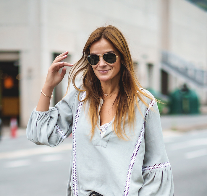 Jade Zarautz , Camisa Romantica , Lucía Díez, Personal Shopper,pantalón pitillo , look 2018 ,Camisa