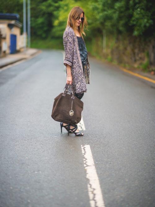 Kimono de Seda Cachemir Negro-Beige